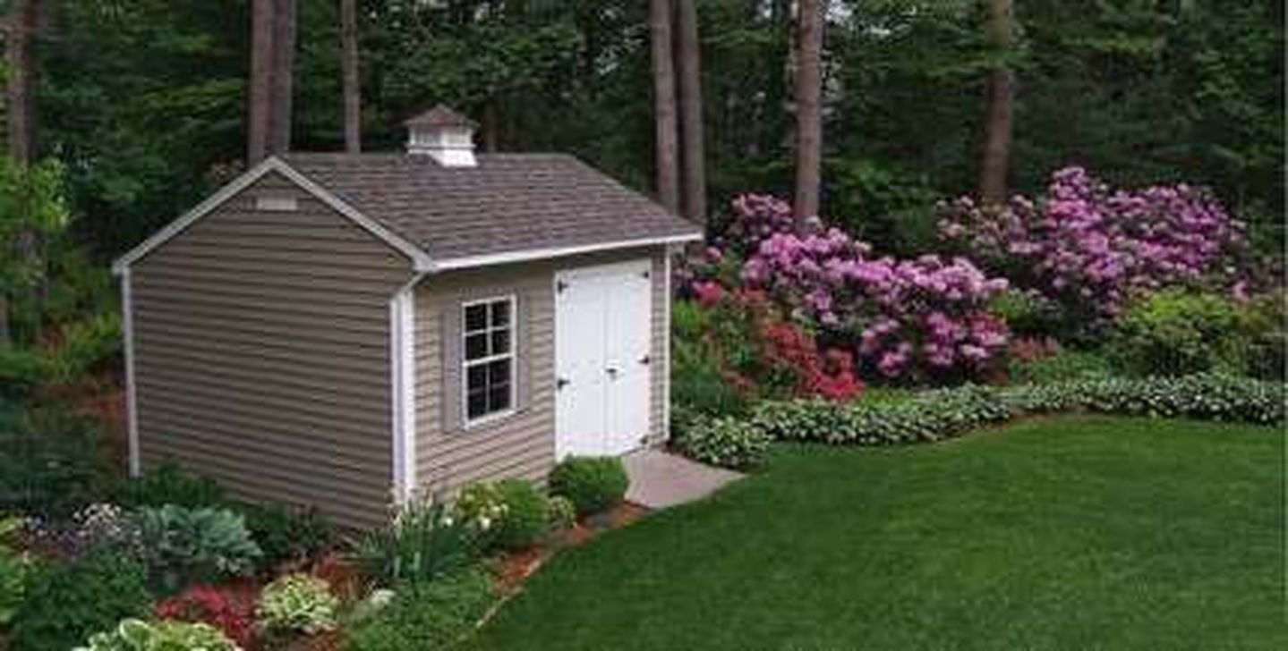 Beautiful Backyard Shed Landscaping Ideas 32