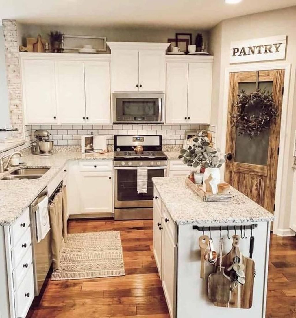 Great Ideas For Modern Farmhouse Kitchen Decorations 27
