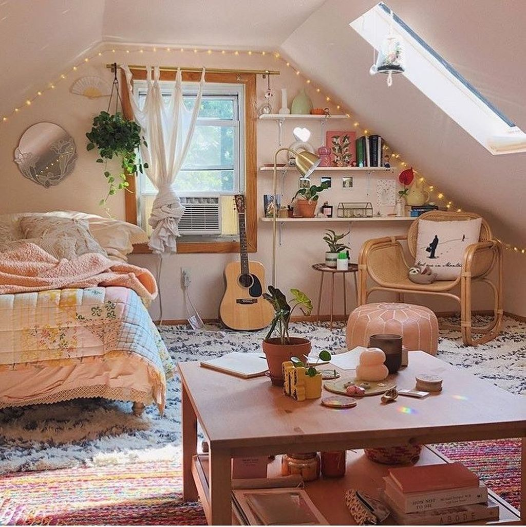 Lovely Attic Bedroom Ideas With Bohemian Style 08