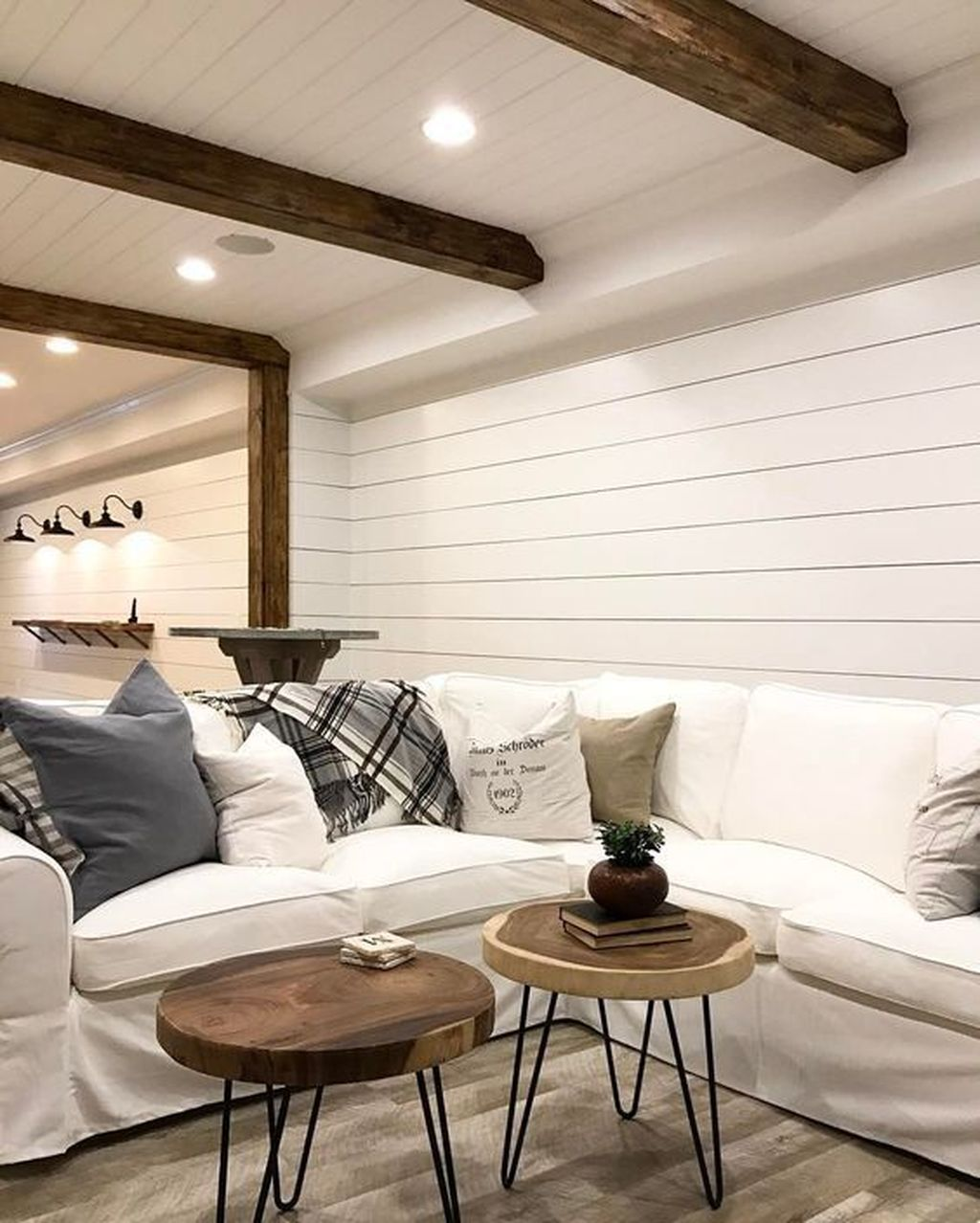 Stunning Basement Remodel Ideas Be A Beautiful Living Space 05