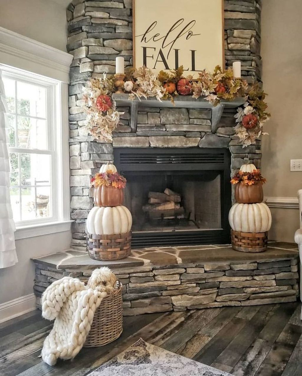 Stunning Corner Fireplace Design For Living Room 31