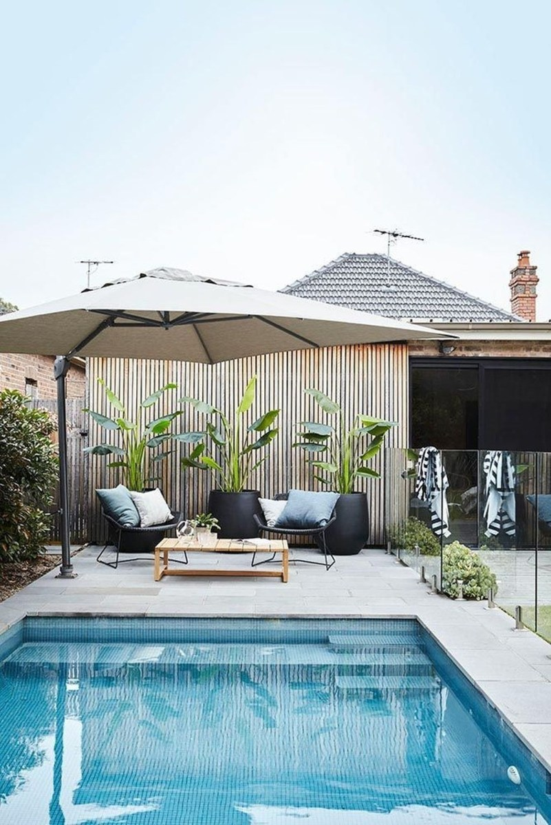 Totally Difference Pool Seating Ideas To Beautify Your Backyard 30