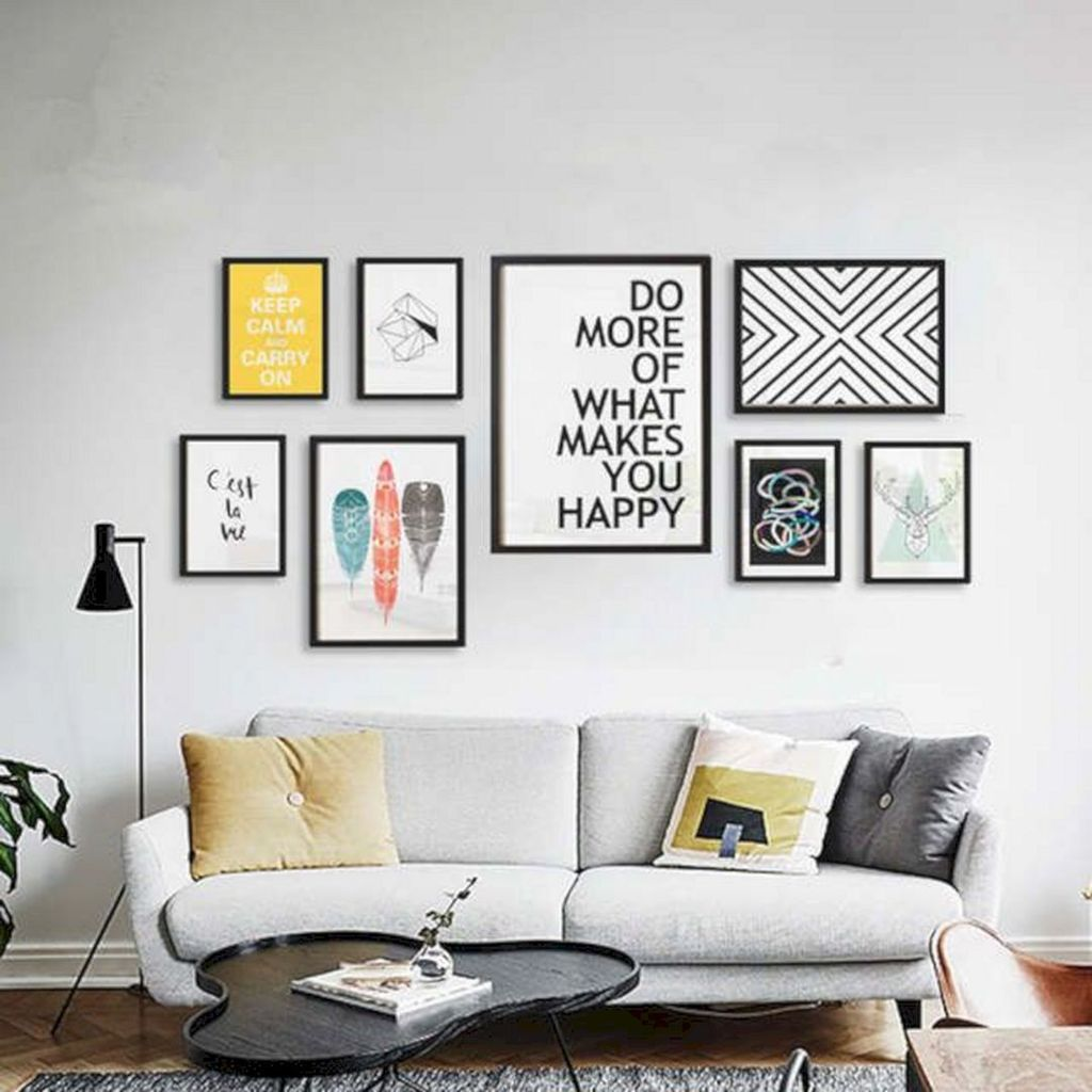 Amazing Living Room Wall Decor Ideas That You Should Copy 14