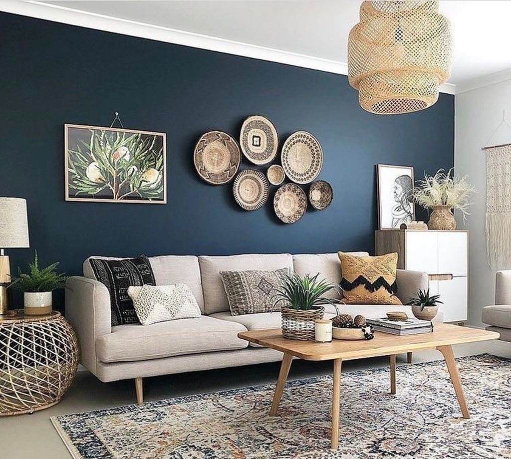 Amazing Living Room Wall Decor Ideas That You Should Copy 18