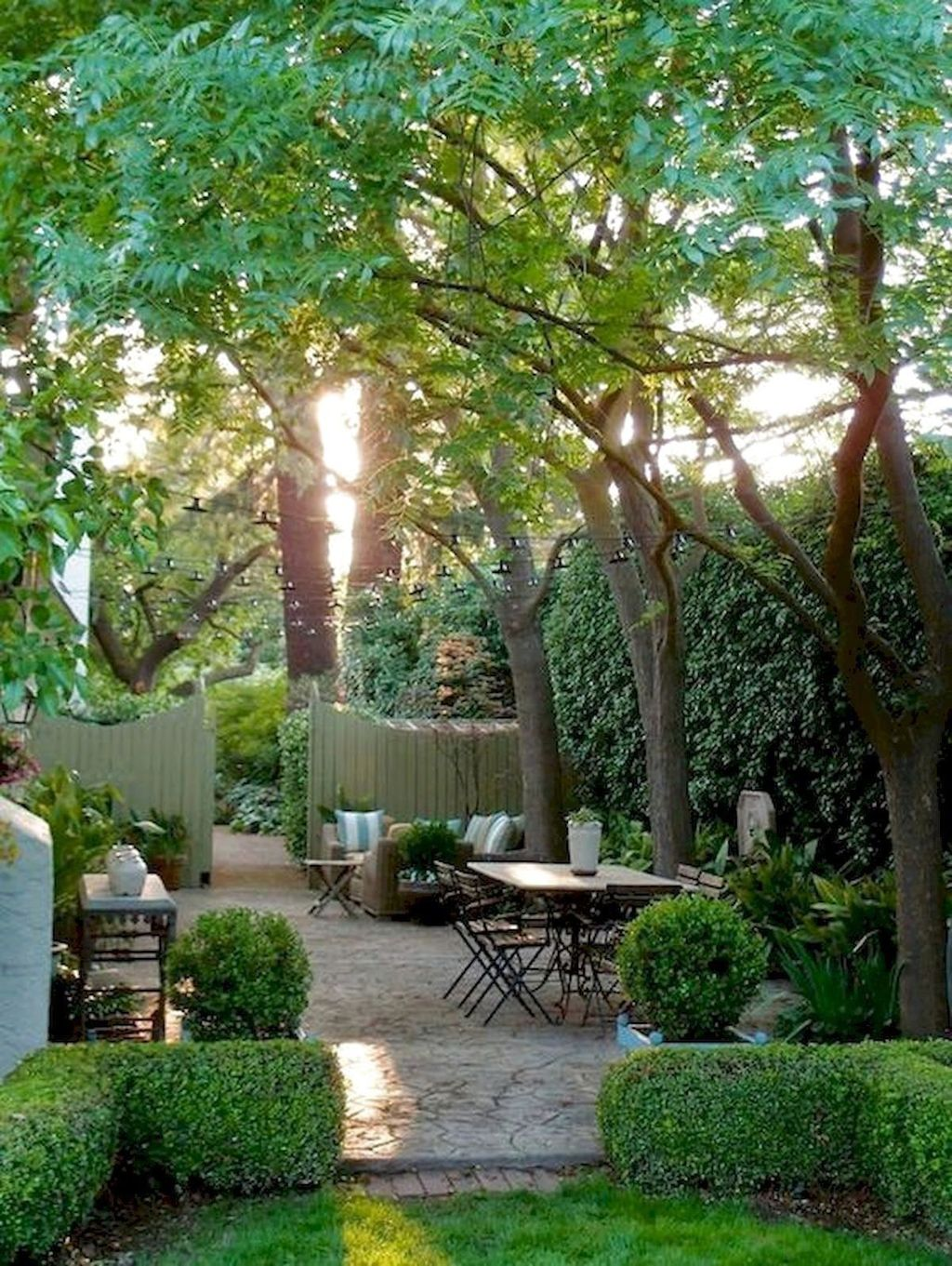 Beautiful Garden Design Ideas That You Should Try Now 05