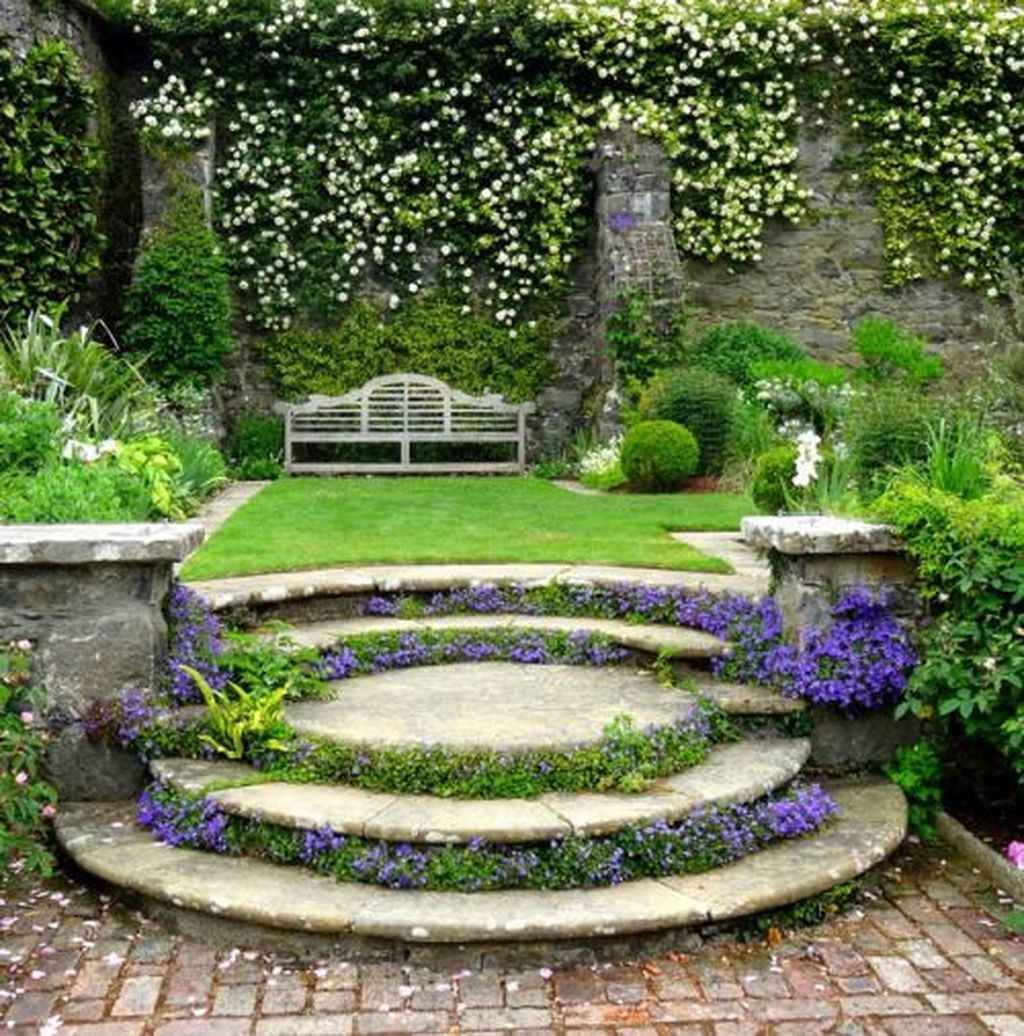 Beautiful Garden Design Ideas That You Should Try Now 31