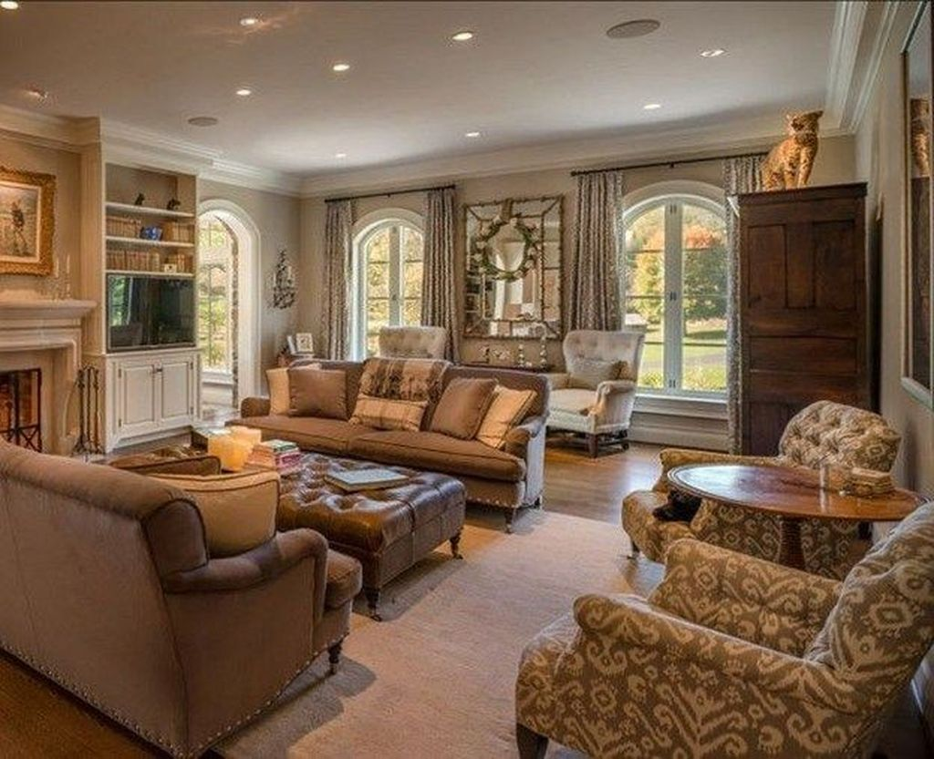Fascinating Traditional Living Room Decor Ideas You Will Love 18