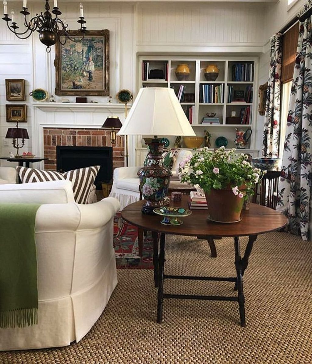 Fascinating Traditional Living Room Decor Ideas You Will Love 27