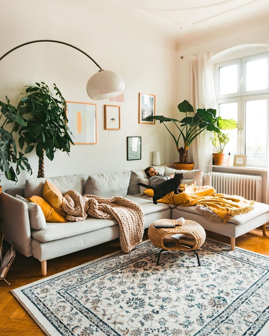 Fascinating Unique Living Room Ideas You Definitely Like 24