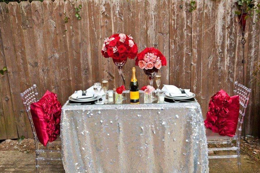 Inspiring Romantic Dining Table Decor Ideas 11