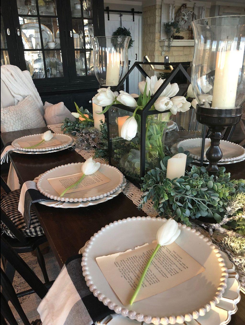 Inspiring Romantic Dining Table Decor Ideas 20