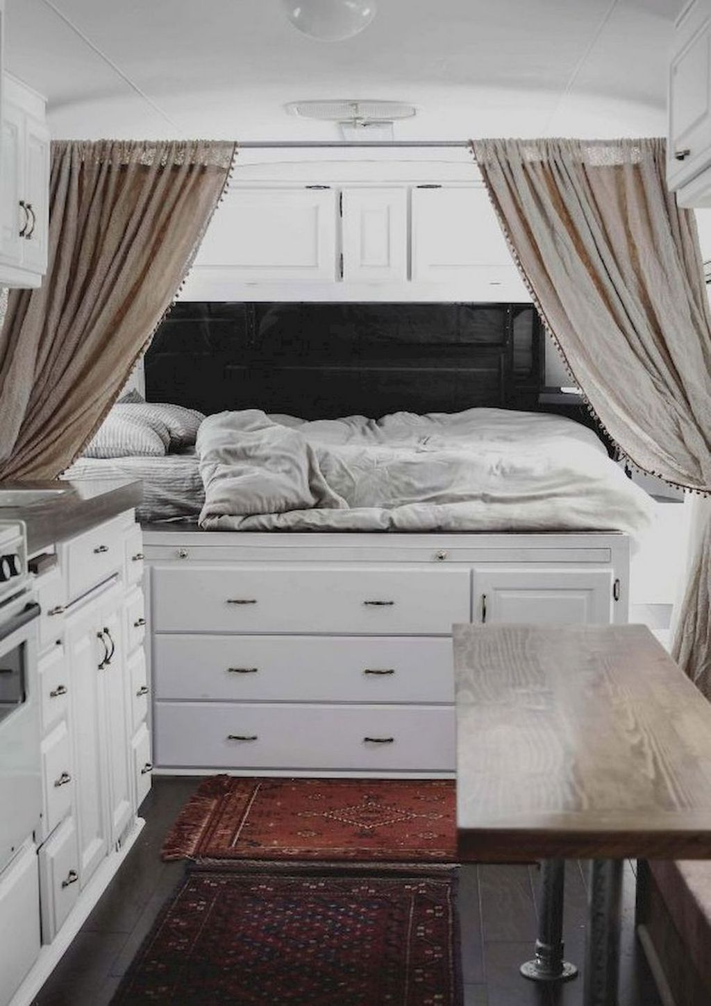 Nice RV Bedroom Ideas That Will Inspire You 13