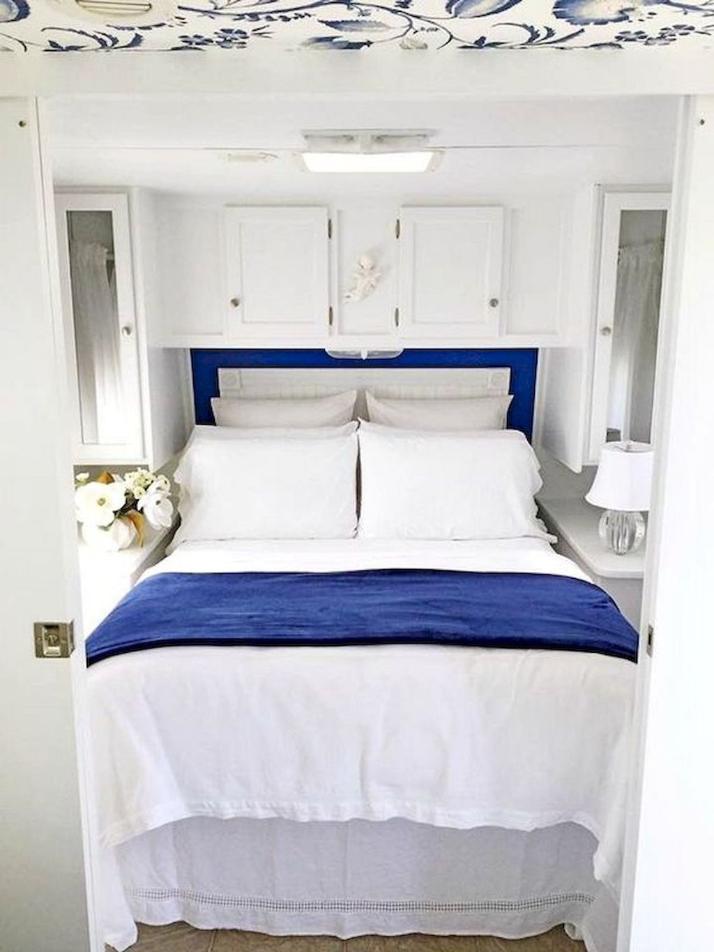 Nice RV Bedroom Ideas That Will Inspire You 25