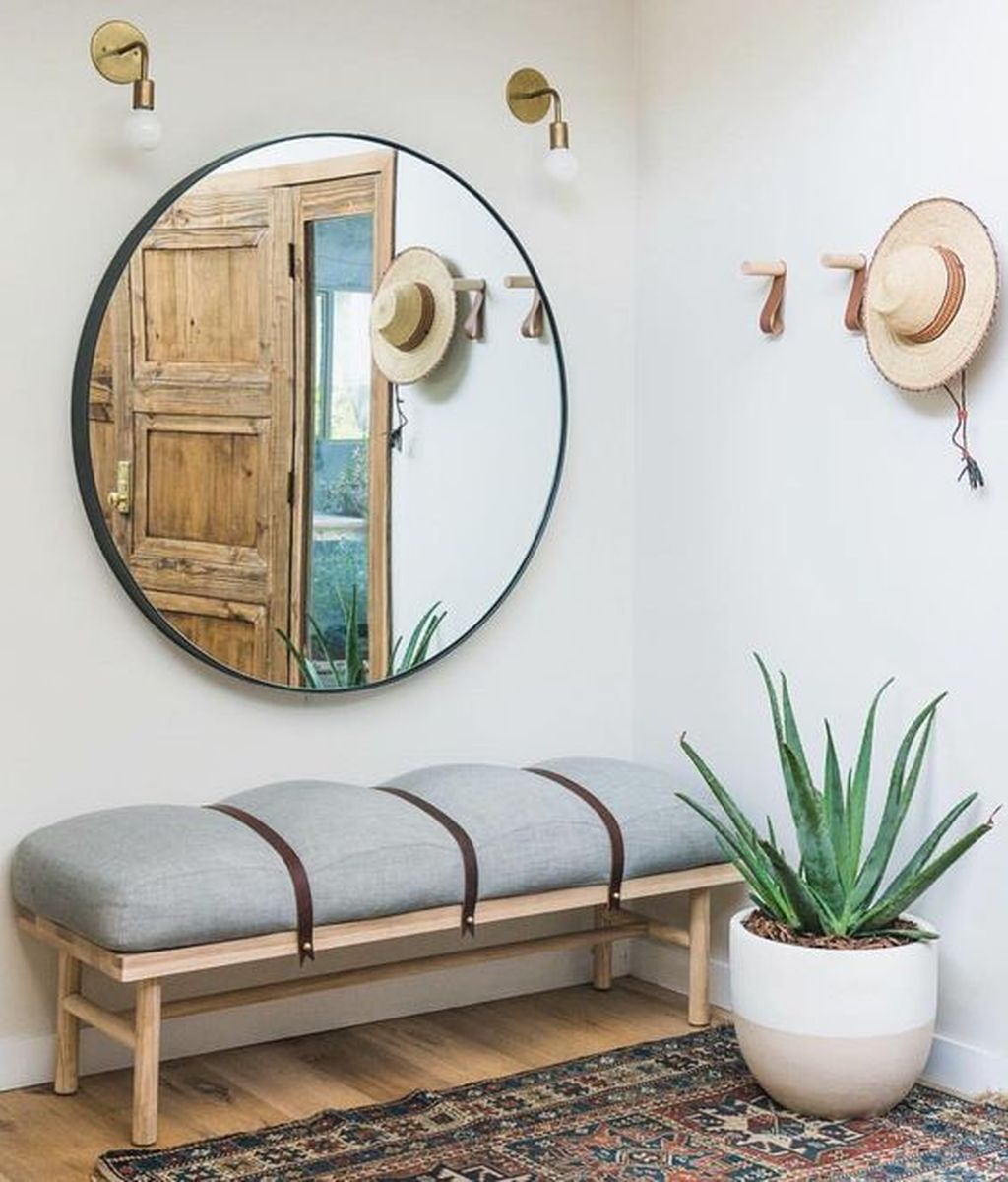 Popular Entryway Decor Ideas You Should Copy Now 16