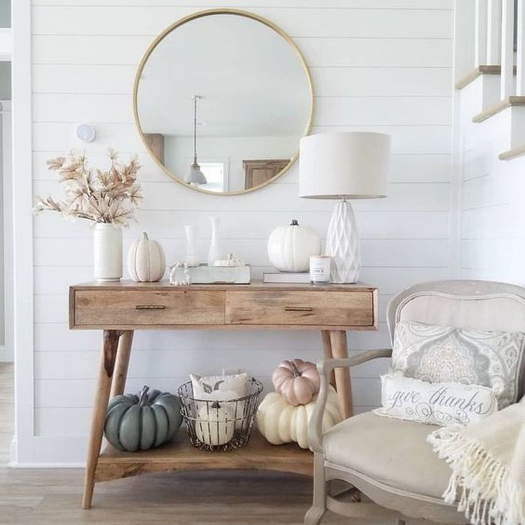 Popular Entryway Decor Ideas You Should Copy Now 26