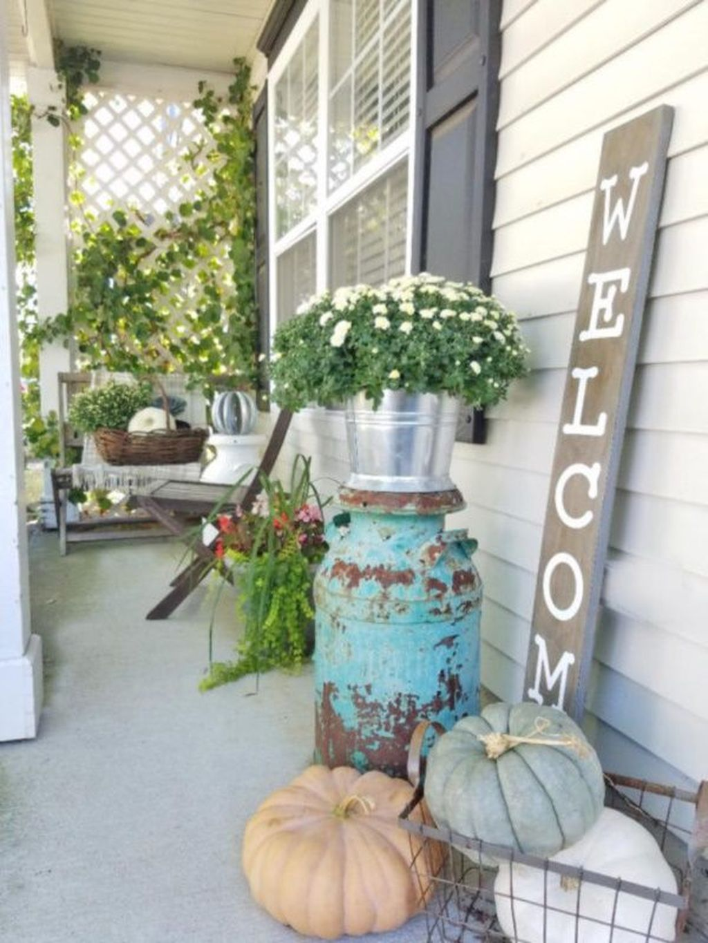 The Best Small Front Porch Ideas To Beautify Your Home 10