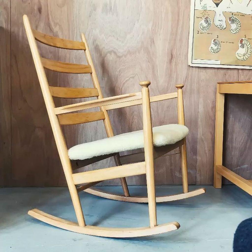 Amazing Rocking Chair Design Ideas 23