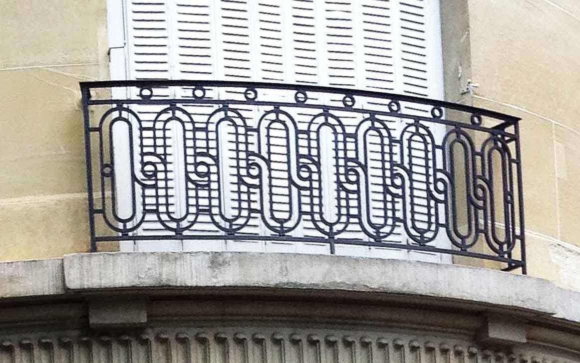 Awesome Balcony Railing Design Ideas To Beautify Your Exterior 08