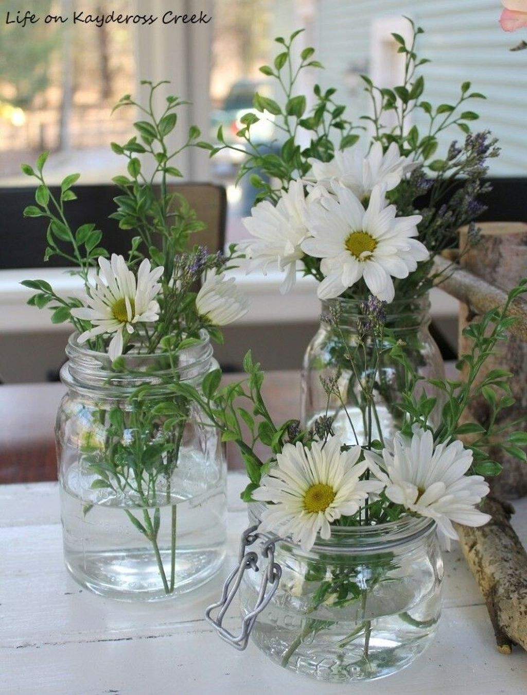 Awesome Spring Table Centerpieces With Farmhouse Style 16