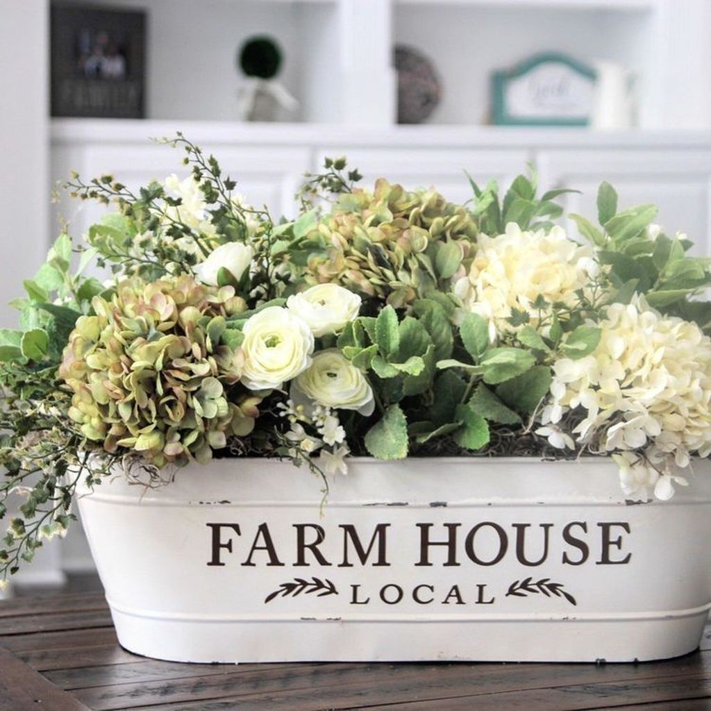 Awesome Spring Table Centerpieces With Farmhouse Style 24