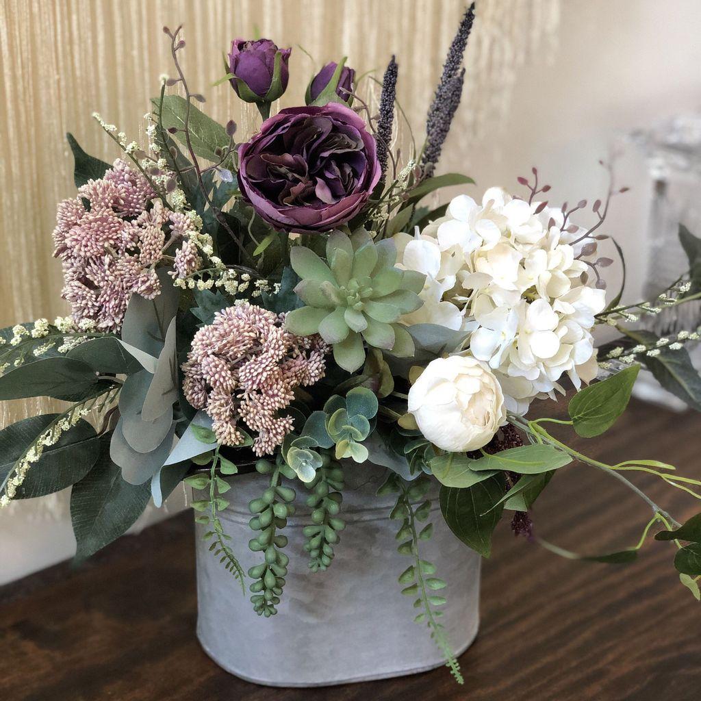 Beautiful Spring Floral Arrangements For Home Decoration 25