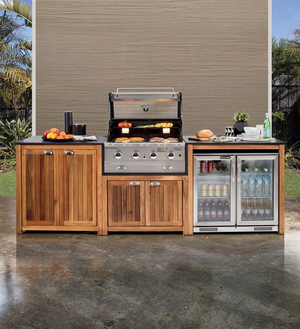 Fabulous Outdoor Kitchen Design Ideas 28