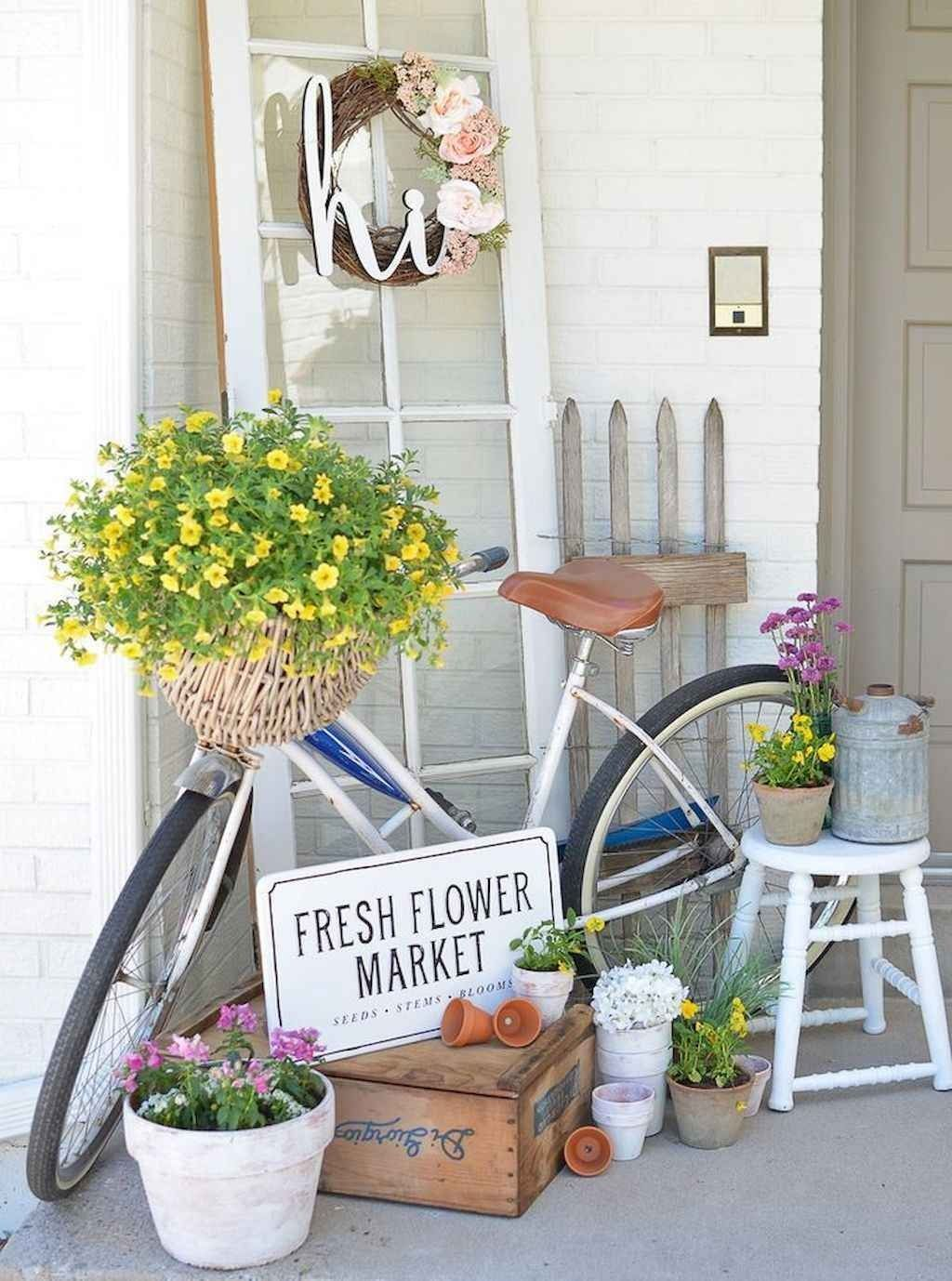 Fascinating Spring Porch Decor Ideas With Farmhouse Style 16
