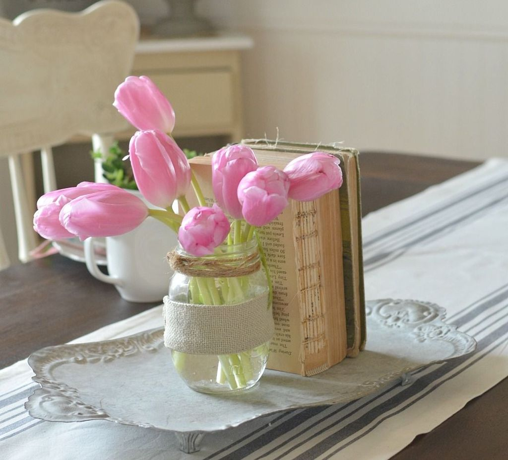 Inspiring Spring Table Centerpieces Best For Dining Room 09