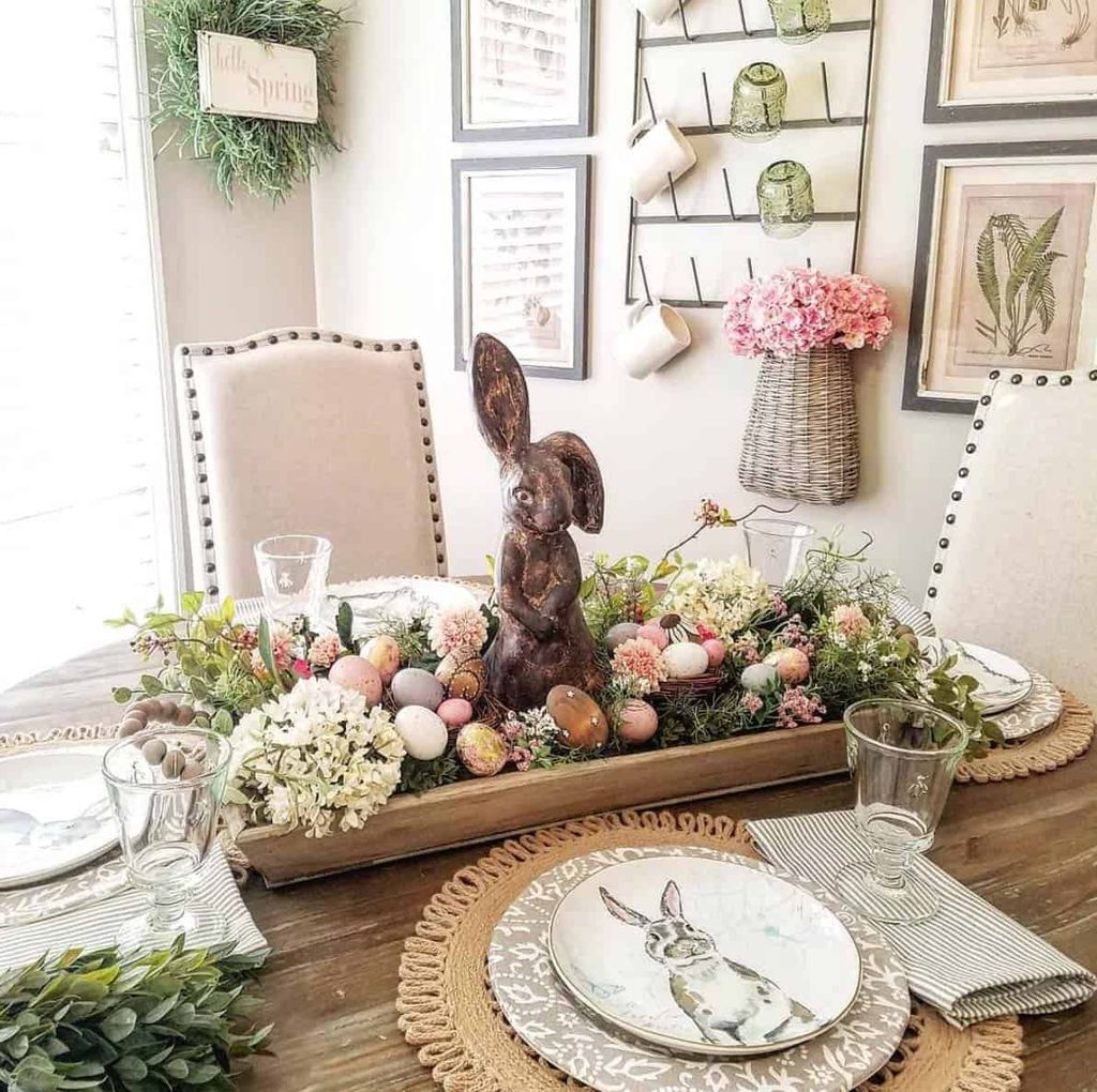 Inspiring Spring Table Centerpieces Best For Dining Room 20