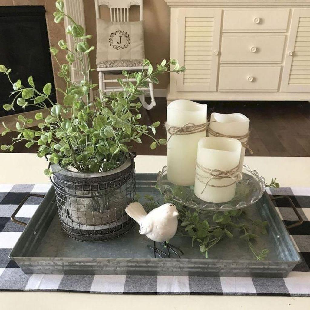 Perfect Farmhouse Spring Decor Ideas 14