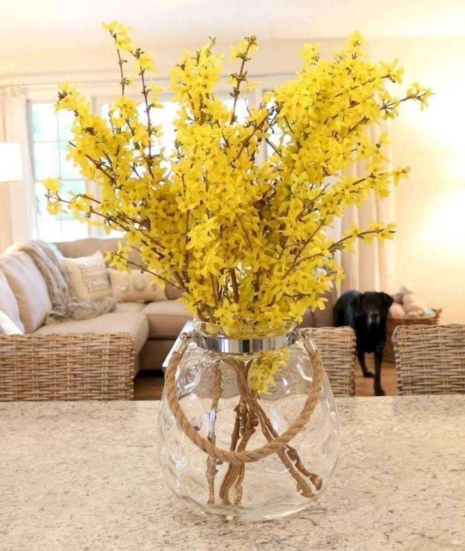 Perfect Farmhouse Spring Decor Ideas 30