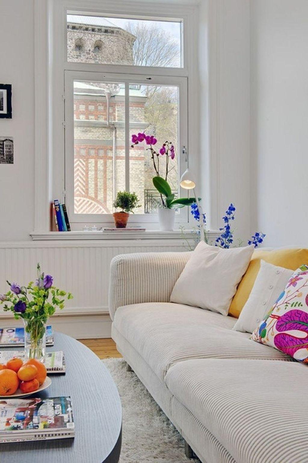 Stunning Apartment Spring Decor Ideas 09