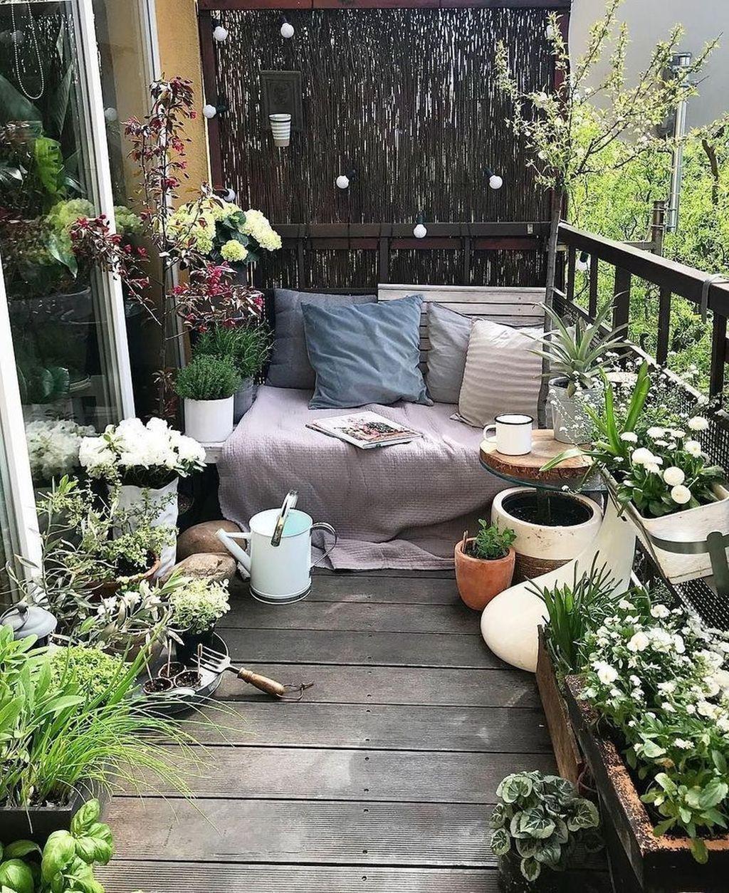 The Best Apartment Balcony Design Ideas 09