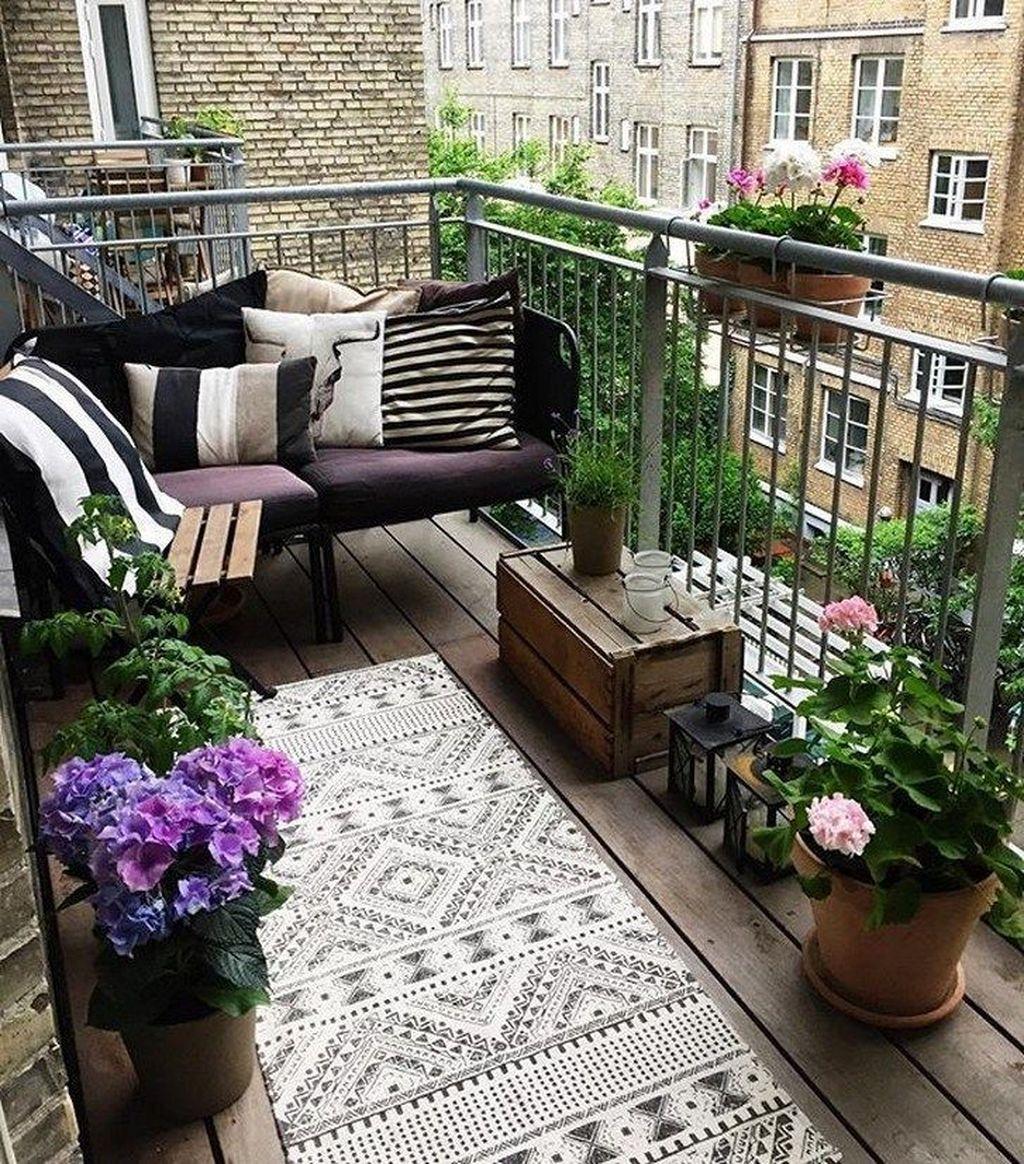 The Best Apartment Balcony Design Ideas 27