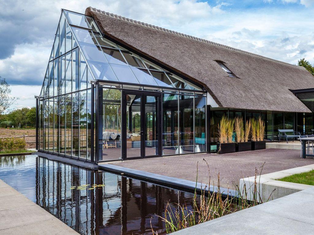 The Best Modern Roof Design Ideas 12