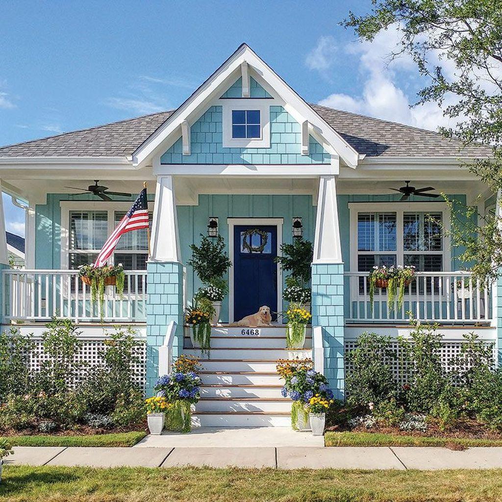 Admirable Beach House Exterior Design Ideas You Will Love 05