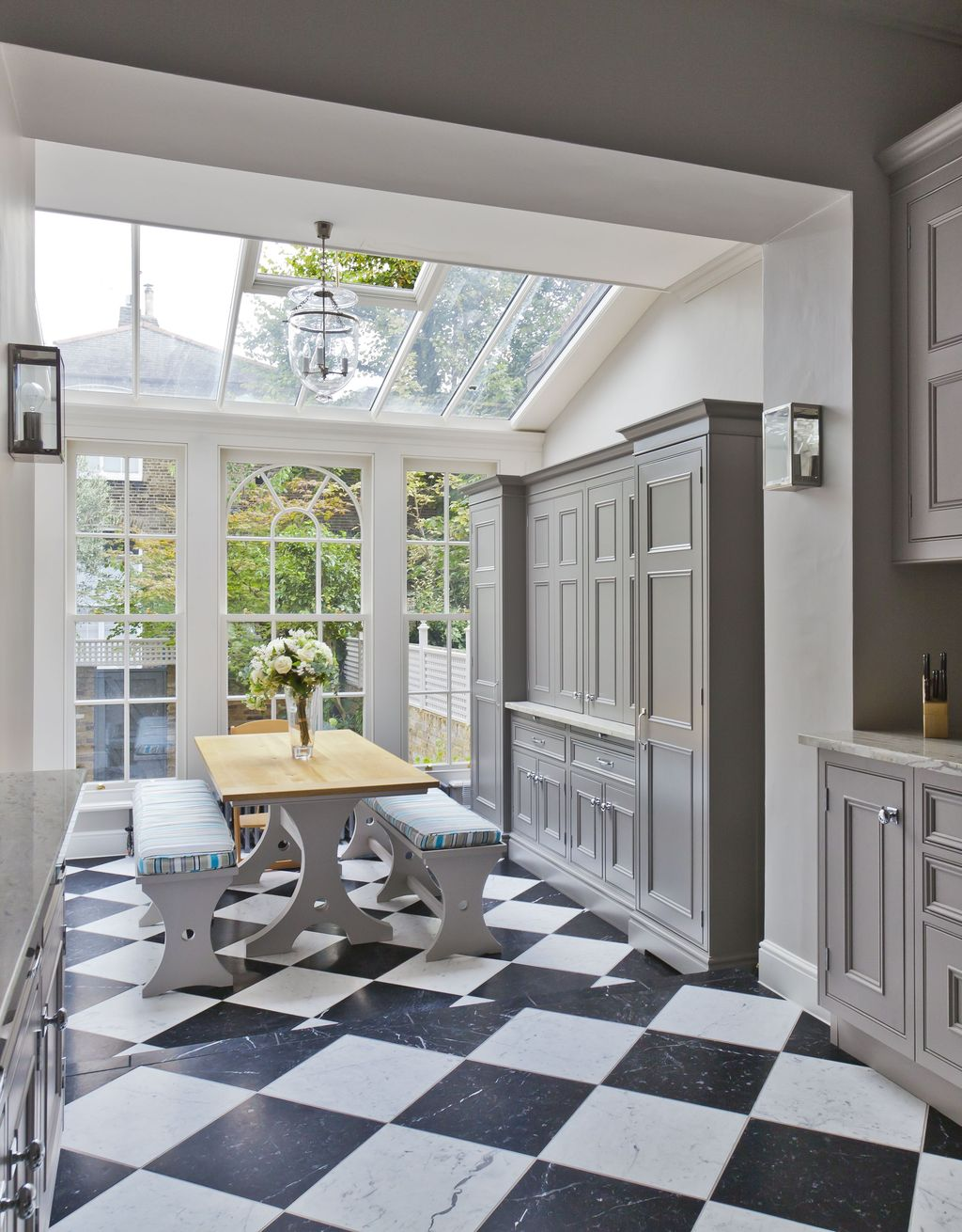 Admirable Sunroom Design Ideas You Must Have 24
