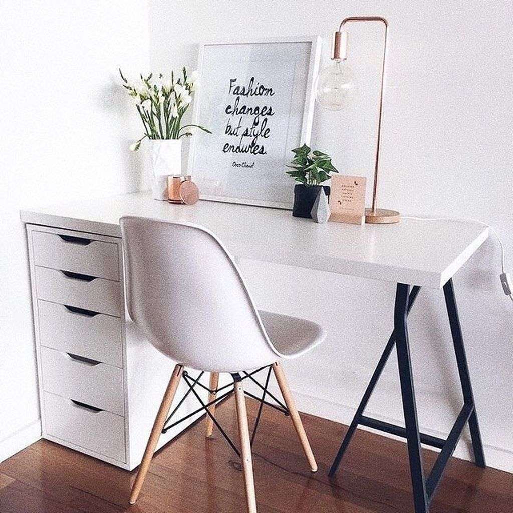 Awesome Scandinavian Home Office Design Ideas You Should Copy 33
