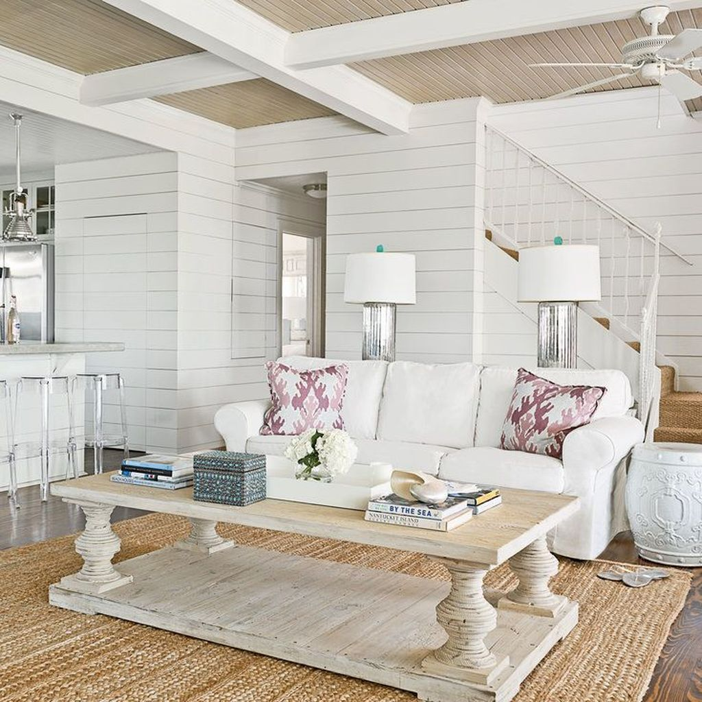 Beautiful Coastal Living Room Decor Ideas Best For This Summer 13