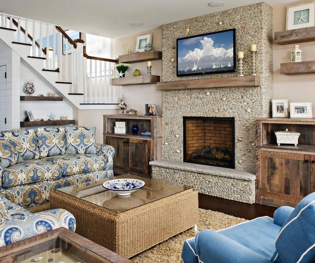 Beautiful Coastal Living Room Decor Ideas Best For This Summer 18