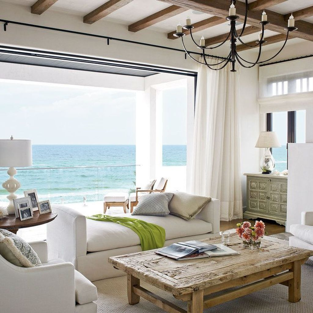 Beautiful Coastal Living Room Decor Ideas Best For This Summer 21