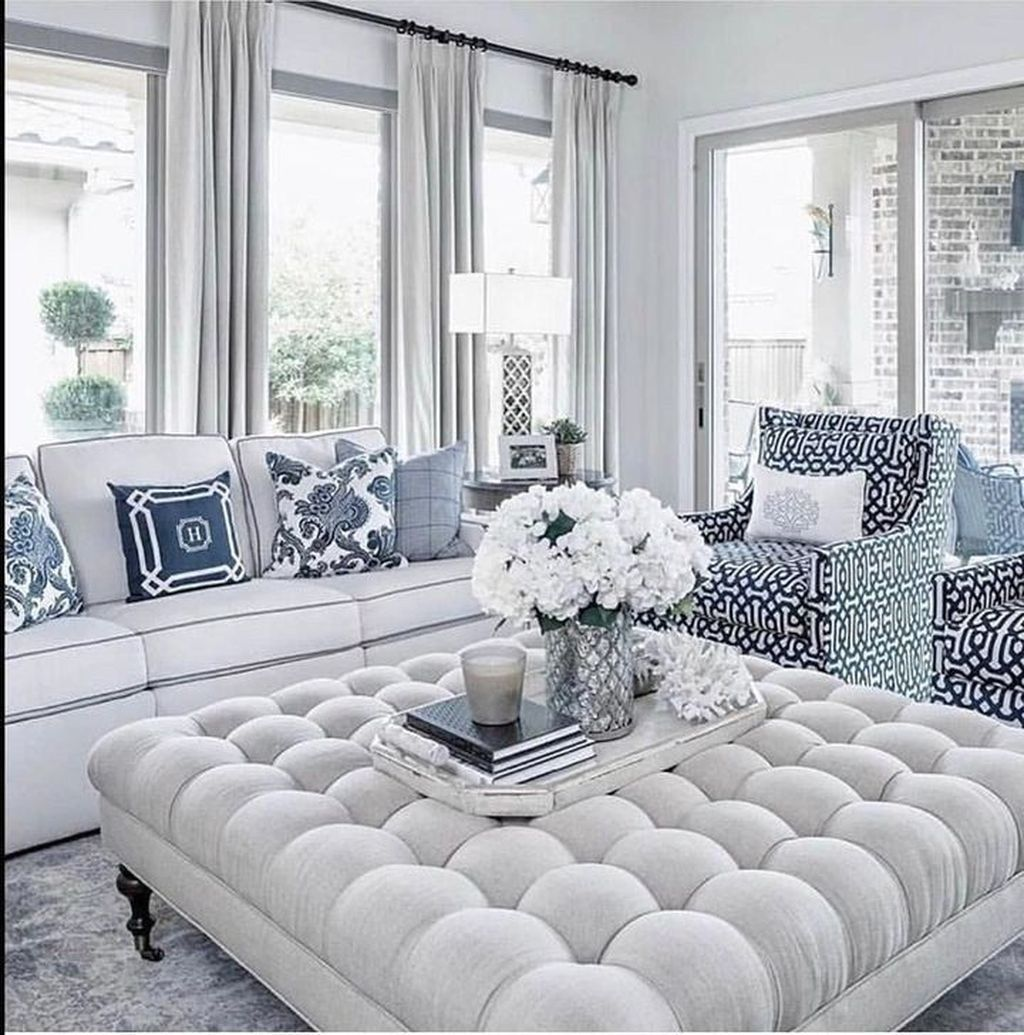 Beautiful Coastal Living Room Decor Ideas Best For This Summer 34