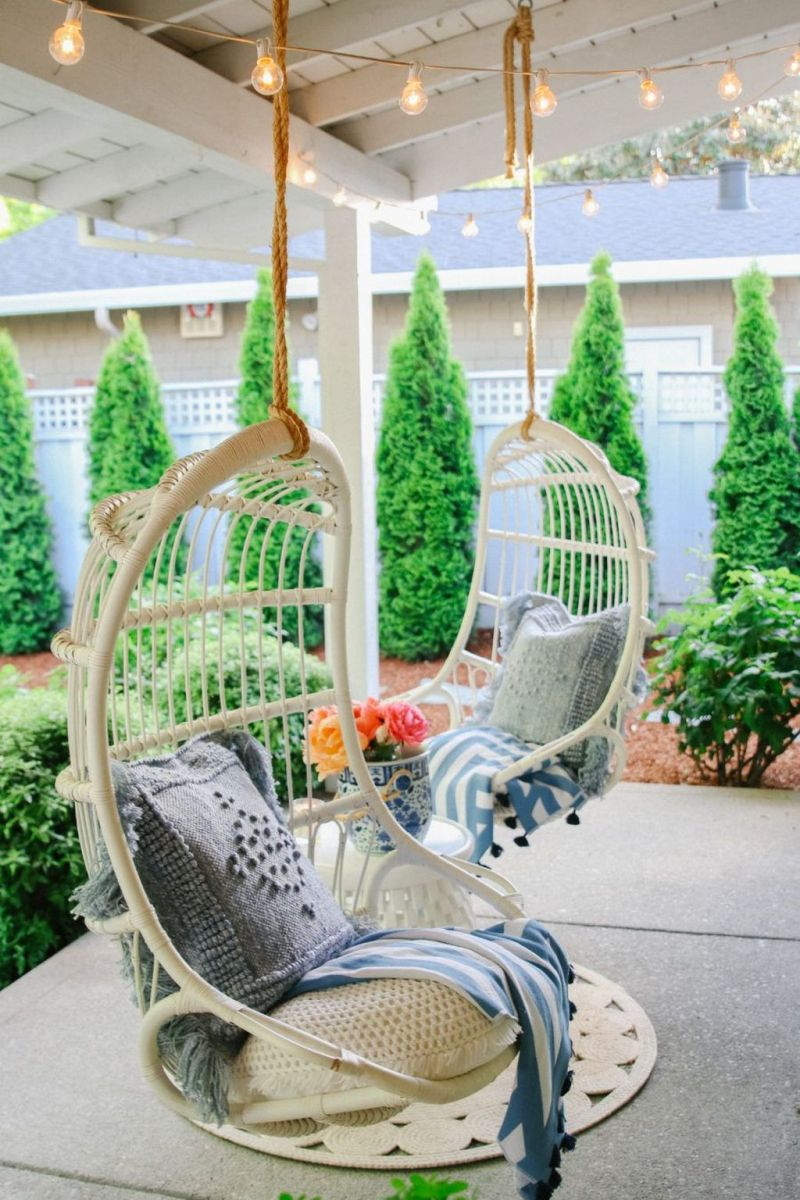 Fascinating Summer Patio Ideas To Beautify Your Garden 22