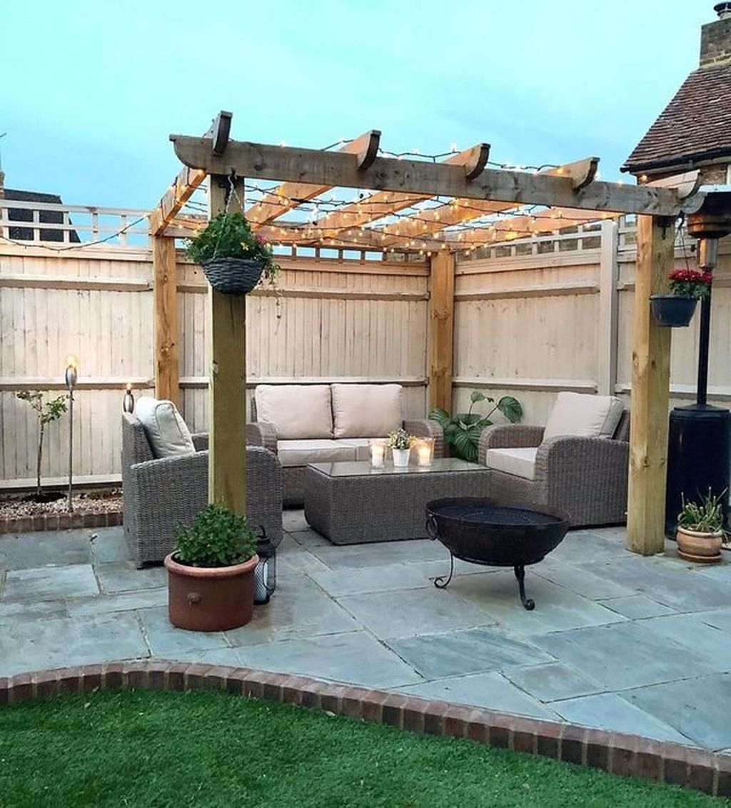 Fascinating Summer Patio Ideas To Beautify Your Garden 23