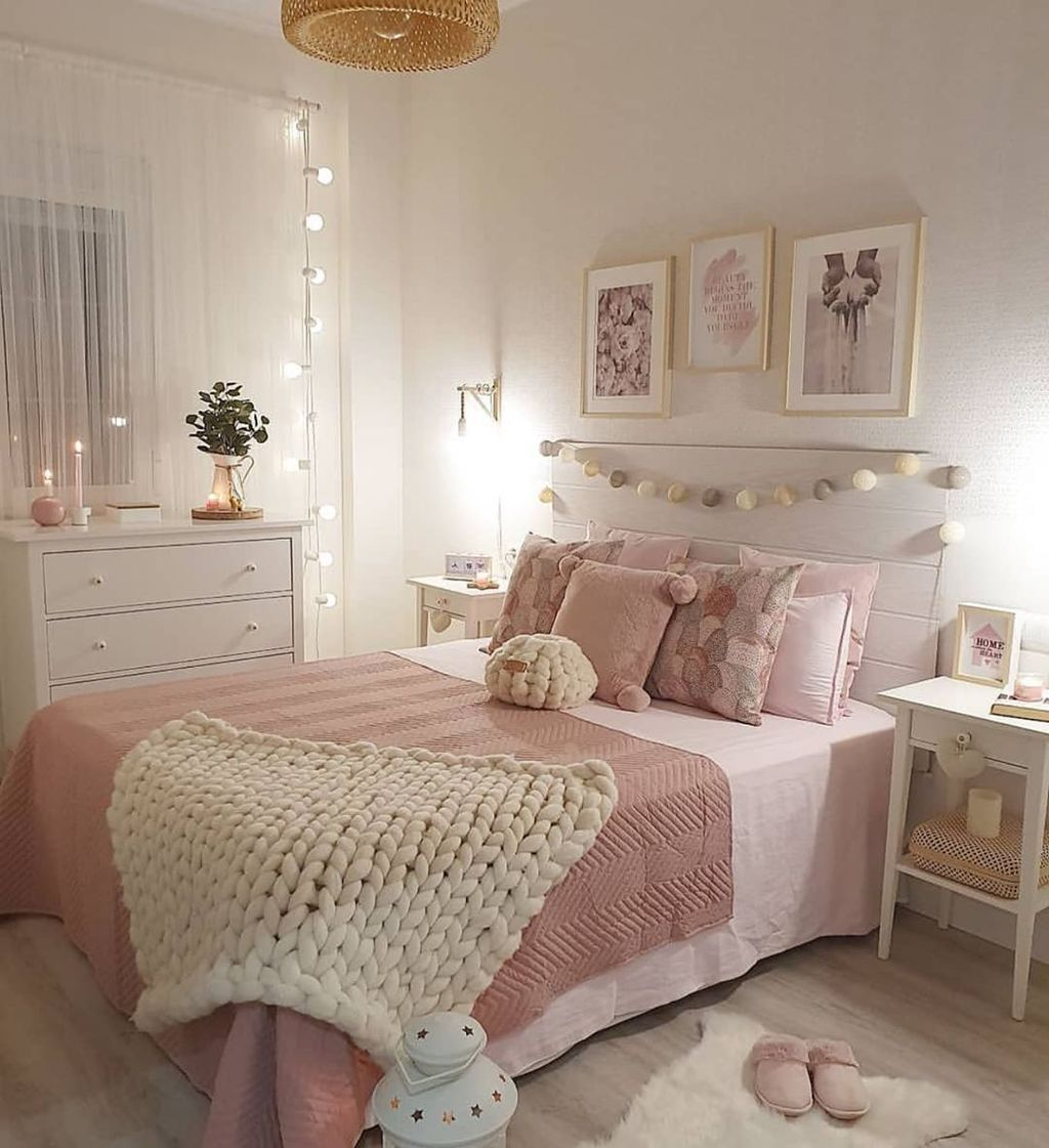 Gorgeous Apartment Bedroom Decor Ideas You Must Try 32