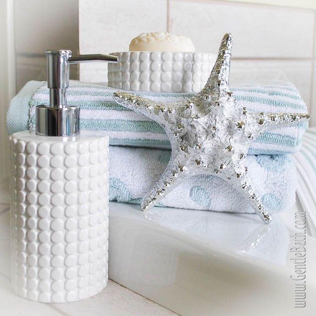 Gorgeous Beach Theme Bathroom Decorating Ideas 26