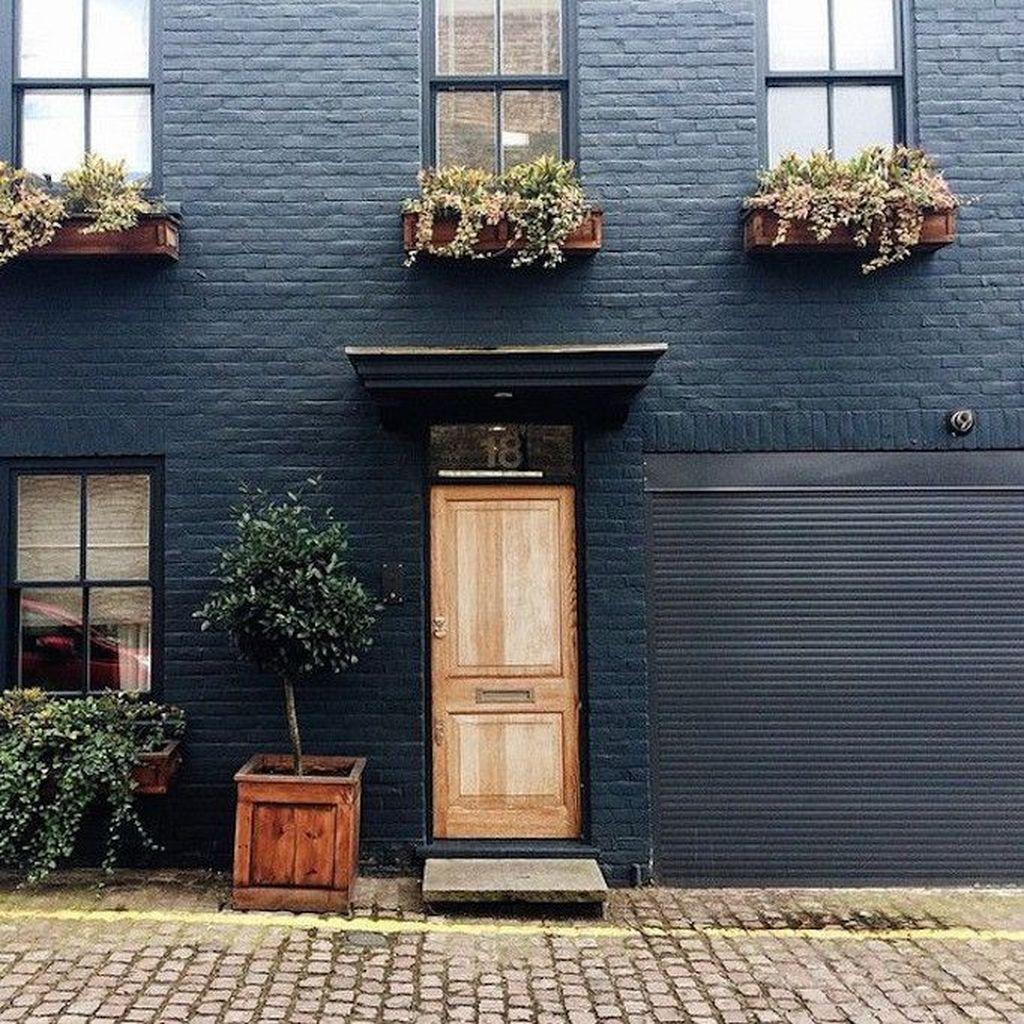 Impressive Brick House Exterior Design Ideas That You Definitely Like 03