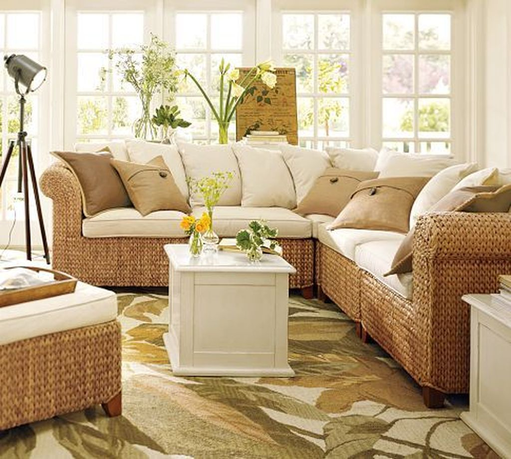 Inspiring Sunroom Furniture Ideas That You Must Have 21