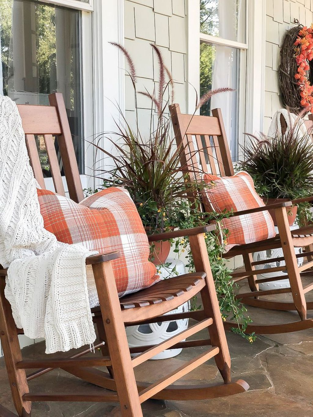 Lovely Rustic Porch Ideas To Beautify Your Home 14