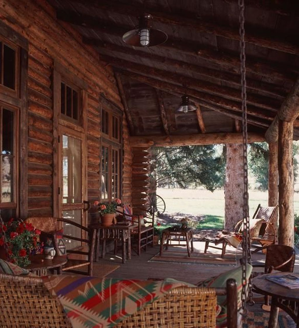Lovely Rustic Porch Ideas To Beautify Your Home 20